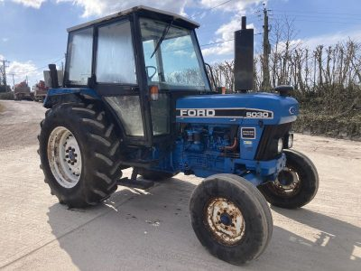 1993 Ford 5030